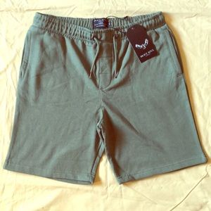 Brave Soul London Comfortable Green Shorts